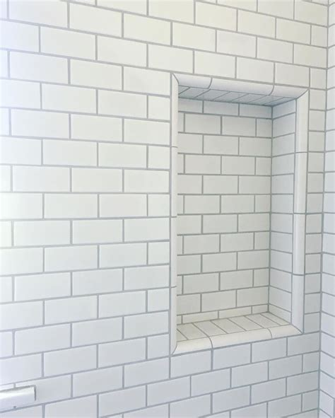 Bathroom White Subway Tile by Best 25 White Subway Tile Bathroom Ideas On