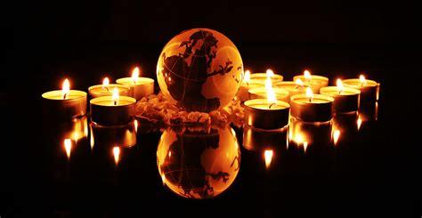 Bilder Kerzenlicht Kostenlos by Die Welt Vom Kerzenlicht Umgeben Foto Bild