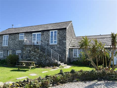 cottage tintagel tintagel cottages homes to let tintagel