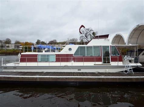 craigslist mpls boats 1983 chris craft aquahome power boat for sale www