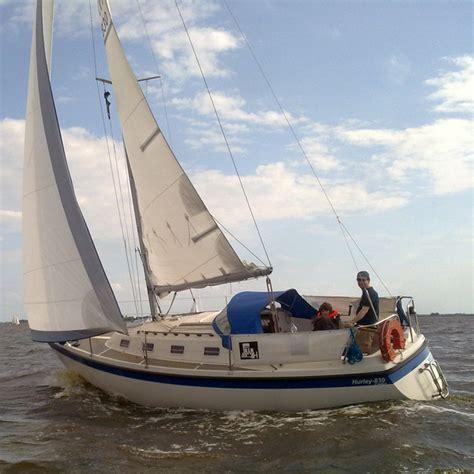 kajuit zeiljacht hurley 830 kajuit zeilboot heeg botentehuur nl