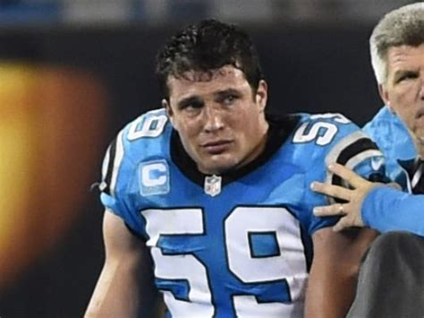 Luke Kuechly Meme - panthers lb luke kuechly carted off field checked for