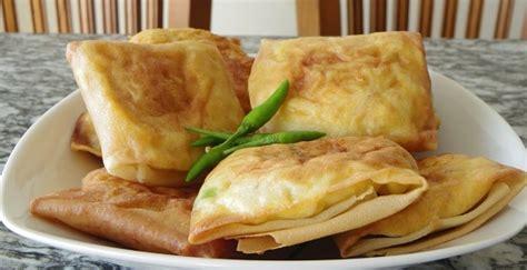 cara membuat martabak telur jamur resep membuat martabak telur kulit lumpia enak dan gurih