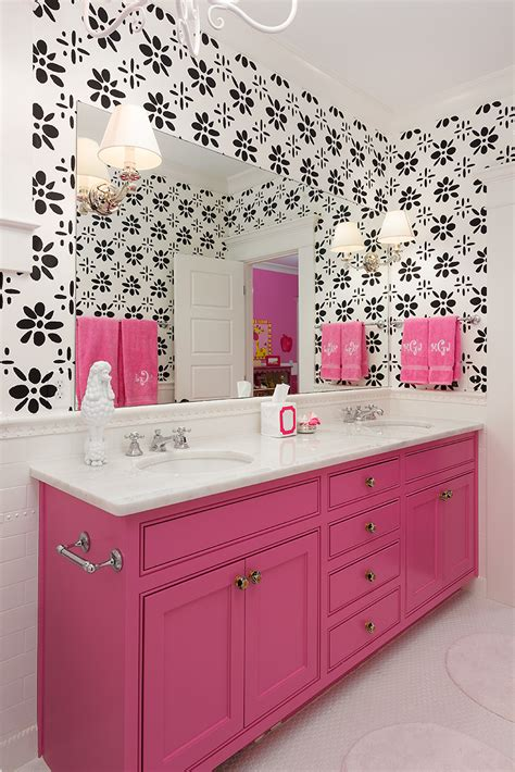 black and pink bathroom ideas o uso das cores na decora 231 227 o do banheiro