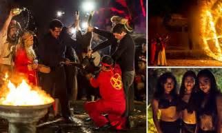 illuminati e satanismo inside the horrific mexican satanist black mass daily