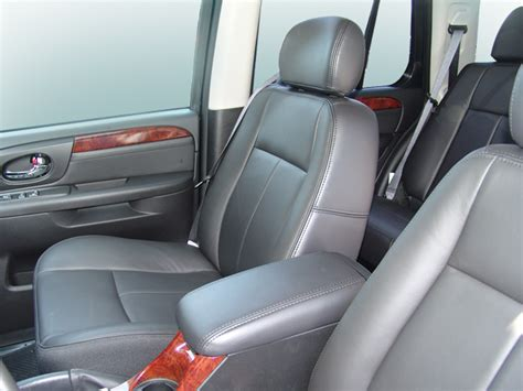 how cars engines work 2004 gmc envoy interior lighting 2006 gmc envoy reviews and rating motor trend