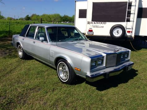 chrysler new yorker fifth avenue for sale used cars on buysellsearch 1982 chrysler new yorker fifth avenue classic chrysler new yorker 1982 for sale