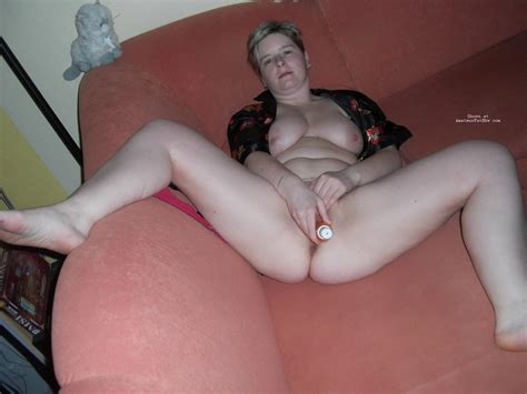 Chubby Wife Home Alone Nude Hot Porno