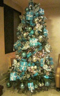 tiffany christmas tree l 1000 ideas about teal christmas tree on pinterest teal