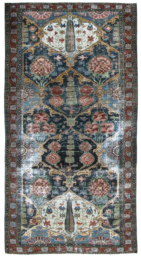 Bacara Rug by Bakhtiari Number 20338 Antique Woven Accents