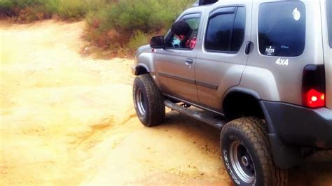 nissan xterra lifted off road 2003 lifted 4x4 xterra off road youtube