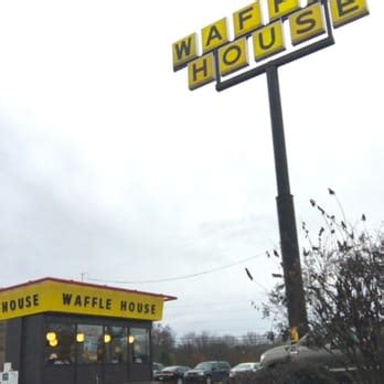 waffle house papermill waffle house diners 411 n cedar bluff rd knoxville