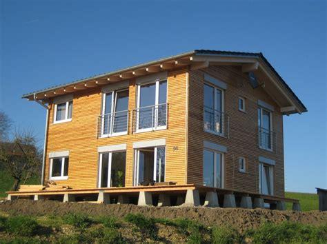 fertighaus aus holz bio holzhaus fertighaus aus holz und lehm