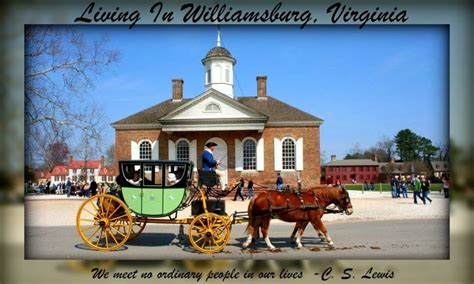 living in williamsburg virginia christmas decorations at