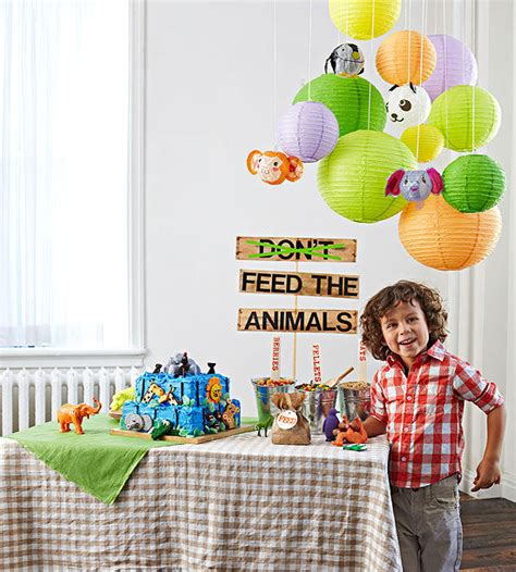 zoo themed birthday party pinterest zoo birthday party