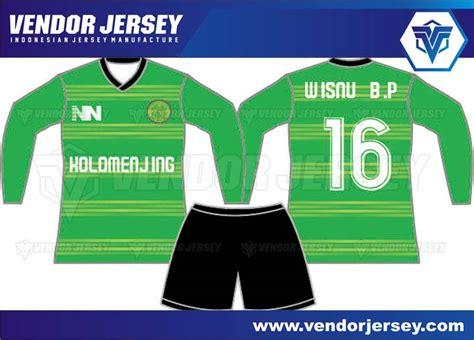 desain kerah lubang leher pembuatan baju futsal vendor pembuatan jersey bola futsal dengan desain lengan panjang
