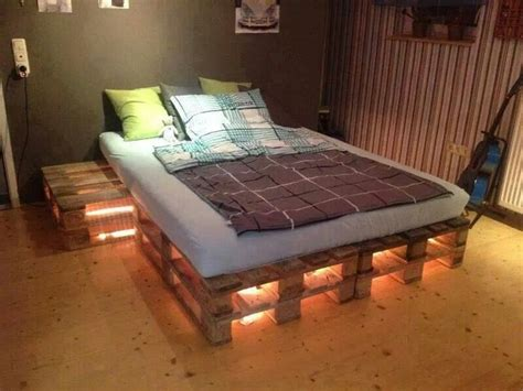 pallet bed frame instructions pallet bed no instructions creative ideas pinterest
