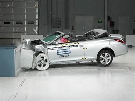 Toyota Camry Crash Test Rating 2007 Toyota Camry Solara Moderate Overlap Iihs Crash Test