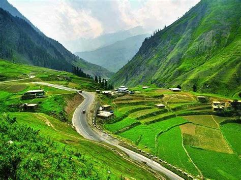 5 Beautiful Places To Be by Top 10 Beautiful Places To Visit In Pakistan 5
