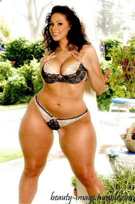 Thick Hotties | thickk thick babes pinterest