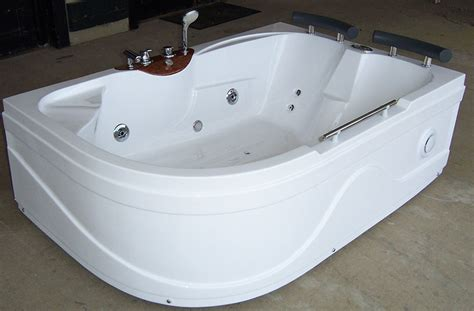 Oversized Jetted Bathtubs Luxury Spas And Whirlpool Bathtubs Ow 9017 Jetted Tub