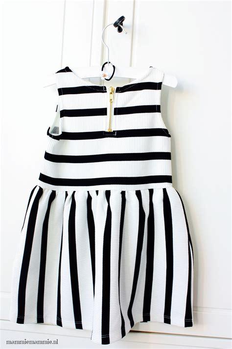 baby jurk wit baby jurk zwart wit populaire jurken uit de hele wereld