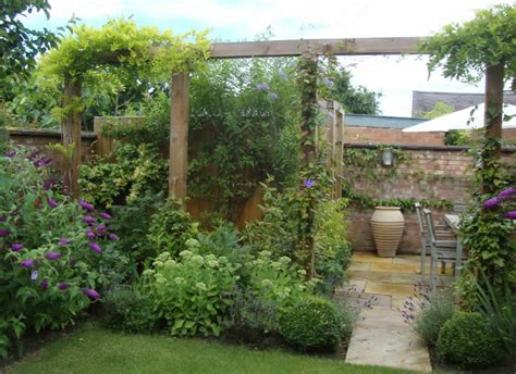 small city backyard ideas small town garden