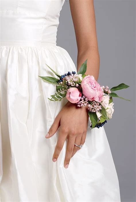 Hochzeit Corsage by An Wedding Detail Floral Bridal Corsages