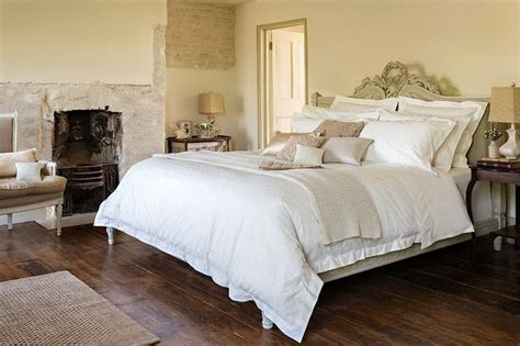 best luxury bed sheets the 25 best luxury bed linens ideas on pinterest blue bed linen luxury bedding and luxury linens
