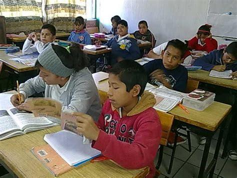 imagenes niños trabajando en la escuela el trabajo en el aula just another wordpress com weblog
