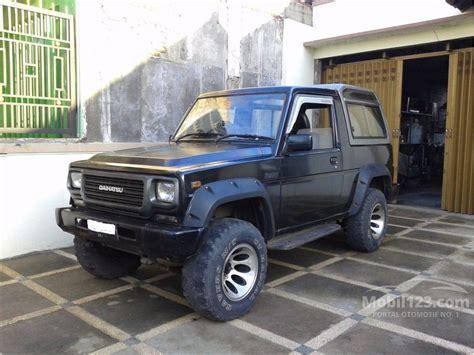 Rocky Hitam jual mobil daihatsu taft rocky 1996 2 8 di jawa timur
