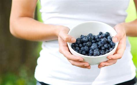 alimenti anti gonfiore i cibi anti gonfiore per prepararsi alla prova costume