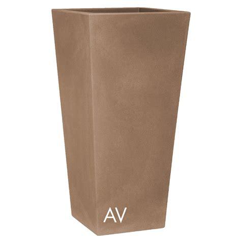 vaso in resina vaso nicoli in resina di polietilene eros fiorinmaurizio