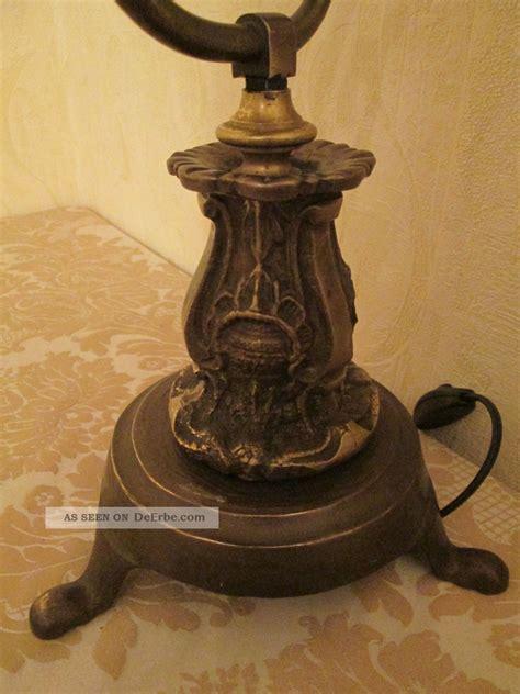 antike schreibtischle gute antike schwere bronze tischle aus privater