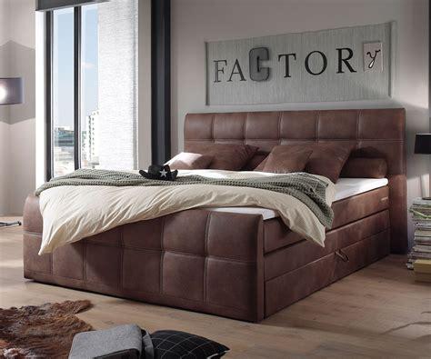 futonbetten günstig mit matratze wohnzimmer uhren modern