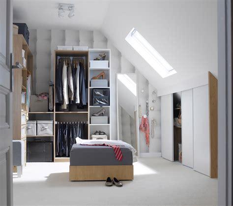 Dressing Sous Combles by 15 Id 233 Es De Rangements Pratiques Et Astucieuses