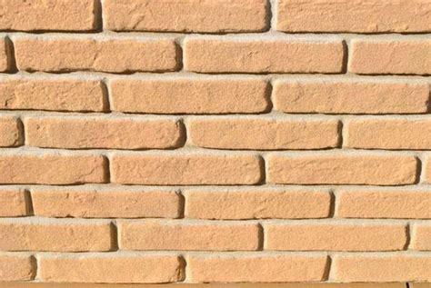 finti mattoni per interni realizzare un muro in finti mattoni