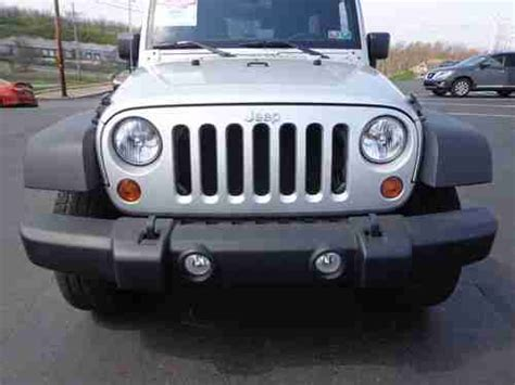 Bluetooth Jeep Purchase Used 2011 Jeep Wrangler Unlimited Sport 4x4 3 8l