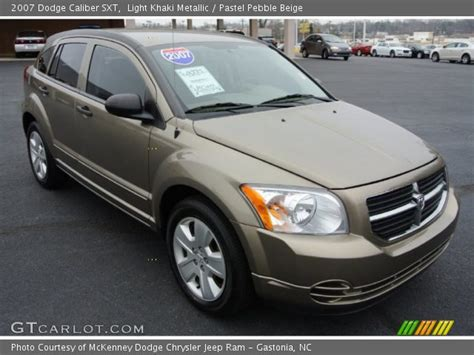 automotive service manuals 2007 dodge caliber interior lighting light khaki metallic 2007 dodge caliber sxt pastel pebble beige interior gtcarlot com