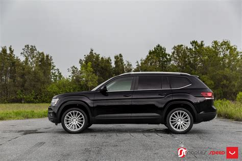 volkswagen atlas black wheels volkswagen atlas gets vossen wheels in mild tuning