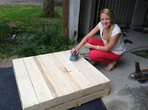 Make A Pallet by Woodwork Plans A Coffee Table Out Of Pallets Pdf Plans