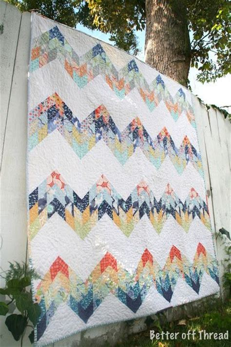 free pattern zig zag quilt 17 best images about chevron zigzag quilts on pinterest
