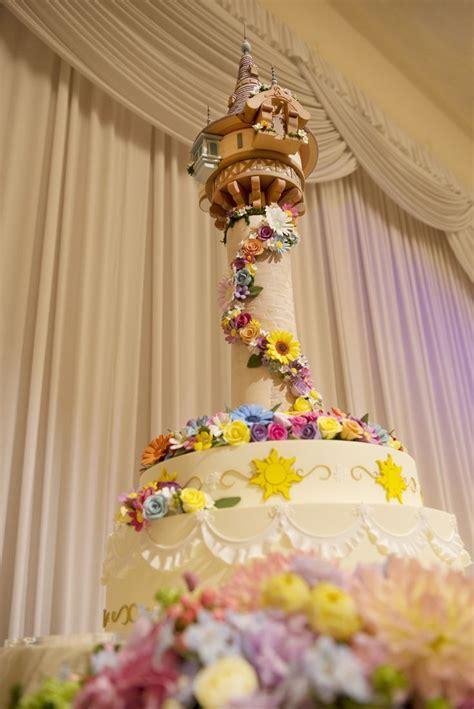 Best 25  Disney wedding cakes ideas on Pinterest   Disney