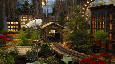 meijrs christmas lights and traditions around the world meijer gardens
