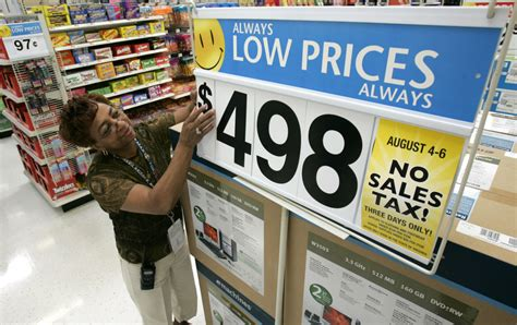 in walmart walmart wages are the reason depend on food