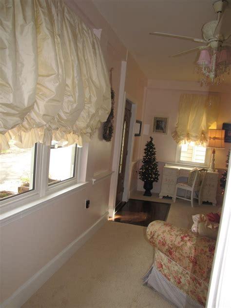 Balloon shades lil girls bedroom bathroom window treatments pinterest balloon shades