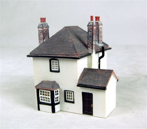 hattons co uk hornby n8654 lock keepers cottage lyddle