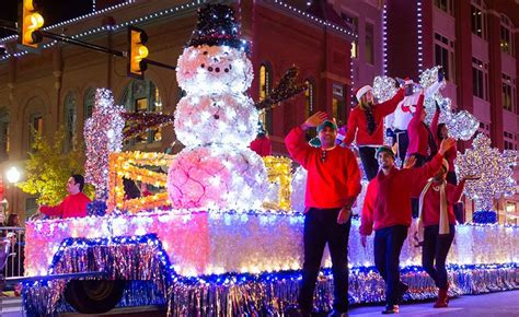 parade of lights 2017 fort worth parade of lights fort worth shop across