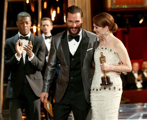 2015 oscars candid pics matthew mcconaughey and julianne moore photos oscars