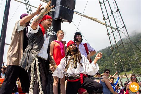 barco pirata camburiu barco pirata em balne 225 rio cambori 250 santa catarina